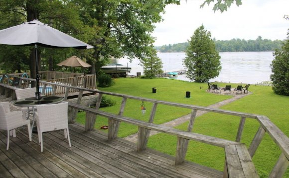 Buckhorn Lake Retreat