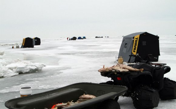 Ice Fishing Photos