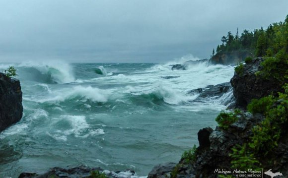 Lake-Superior-Waves-2