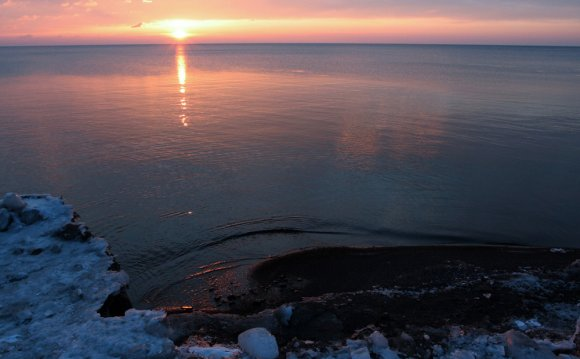 What is the size of Lake Superior?