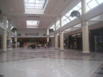 Great Lakes Mall in Mentor - (© 2008 S. Mitchell)