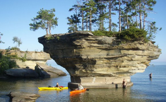Turnip Rock, Lake Huron