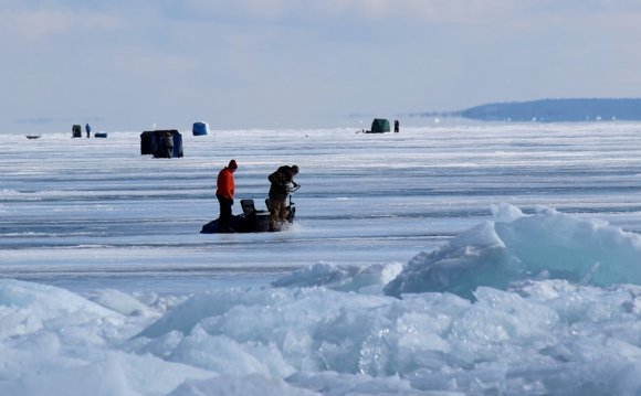 Lake Superior ice fishing