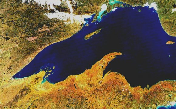 Lake Superior satellite