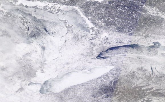 Great Lakes ice coverage satellite