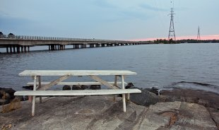 The Noden Causeway stretches 5.5 kms over Rainy Lake