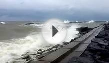 15 Foot Waves in Lake Ontario, Oswego NY 11-13-2015